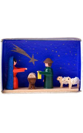 028-007 miniature nativity scene in matchbox