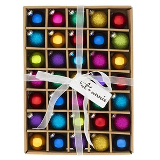Chic and Glittery, this Rainbow glass ornament 35 box set will add the perfect splash of color to the Christmas season.