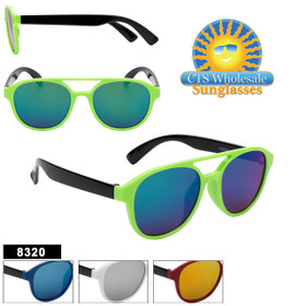 Fun kids fashion sunglass style.  This style comes in 4 great color combinations and colored mirror lenses!
