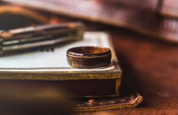 8 mm Mahogany/Ebony Wood & Guitar String Inlay Bentwood Ring - BW314