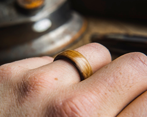 10 mm Whiskey Barrel Inlay Bentwood Ring - BW301