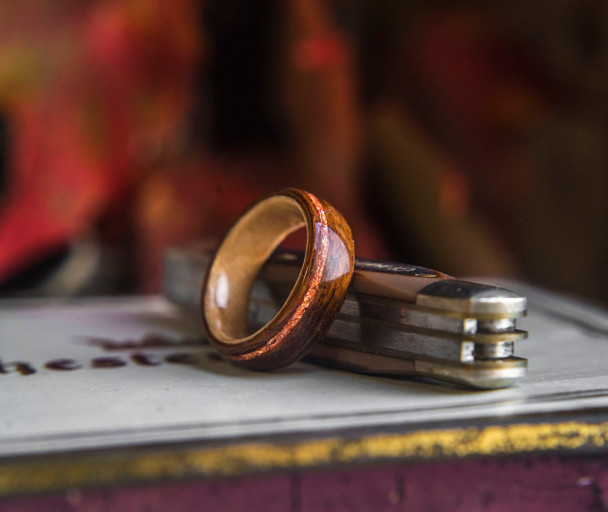 8 mm Rosewood, Bird's Eye Maple & Rose Gold Flakes Bentwood Ring - BW321