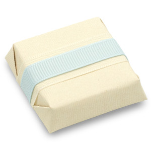 GROSGRAIN  BLUE / IVORY - Decorated Chocolate Square