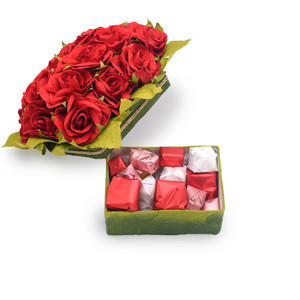 DEEP RED - Red Roses Valentine's Day Belgian Chocolate Gift Box
