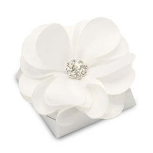 Bridal/Wedding Flower Decorated Chocolate/white