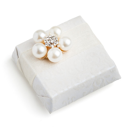 Decorated Square Chocolate Pearl Flower