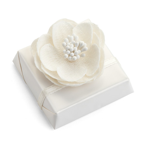 Wedding Favor Decorated Chocolate topped with Flower