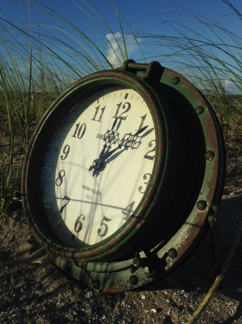 Rustic Porthole Clock Table Top