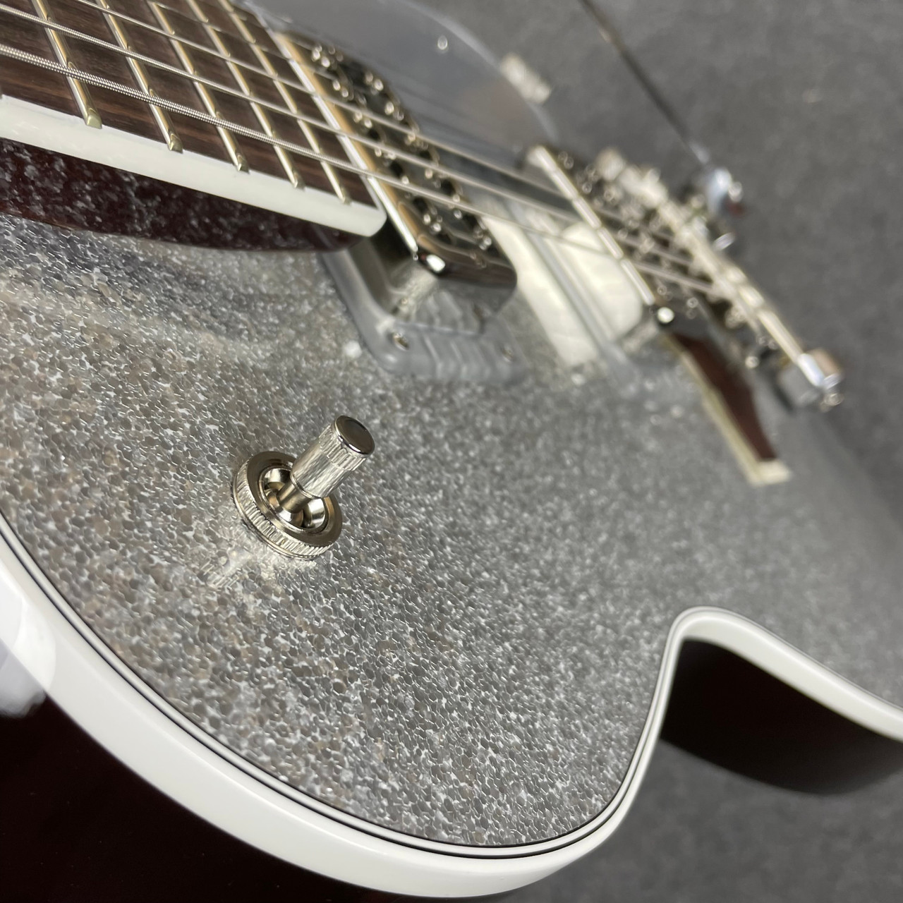 Gretsch G6129T-89 Vintage Select '89 Sparkle Jet with Bigsby Rosewood Fingerboard Silver Sparkle JT21052076
