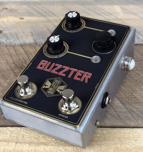 Beetronics Buzzter Boost / Preamp Pedal