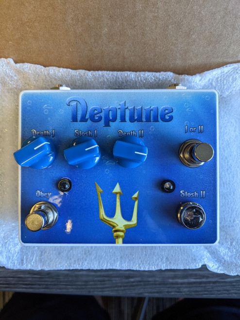 Tortuga Effects Neptune Dual Vibe Pedal - NOS