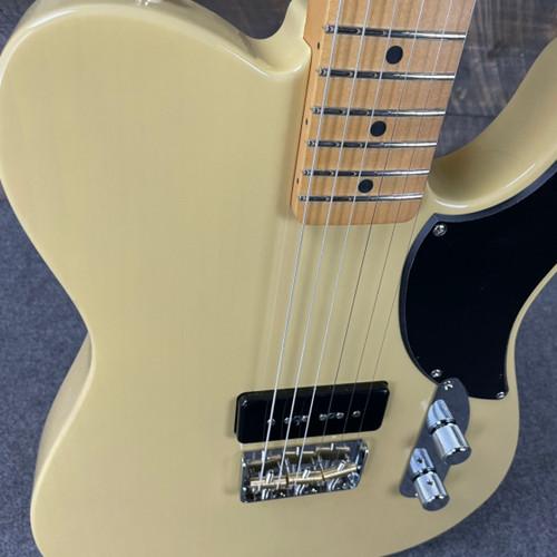 Fender Noventa Telecaster Maple Fingerboard Vintage Blonde MX21099001