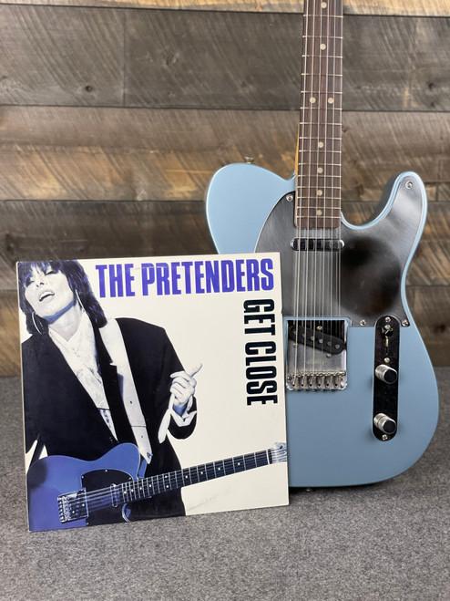 Fender Chrissie Hynde Telecaster Rosewood Fingerboard Ice Blue Metallic MXC00969