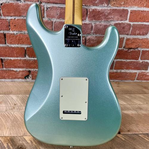 Fender American Professional II Stratocaster Left-Hand Maple Fingerboard Mystic Surf Green US210069242