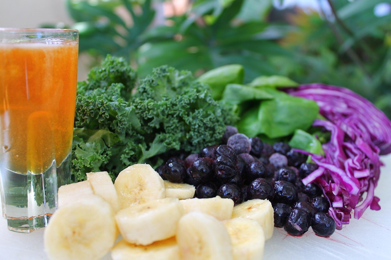 carrot-juice-banana-salad.jpg