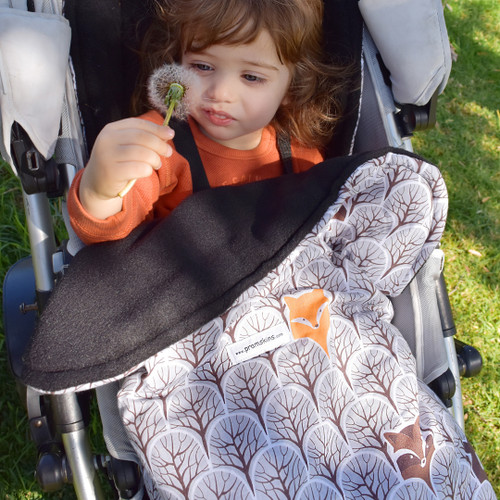 Peekaboo Grey Snuggle Bag to fit Mountain Buggy