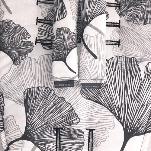 Akito Leaf Cotton Pram Liner to fit Redsbaby