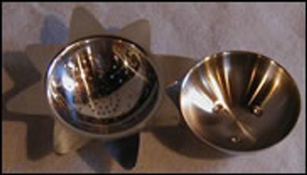 Starburst tea strainer with drip bowl