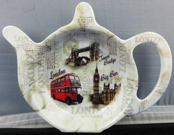 New London Scene Tea Caddy