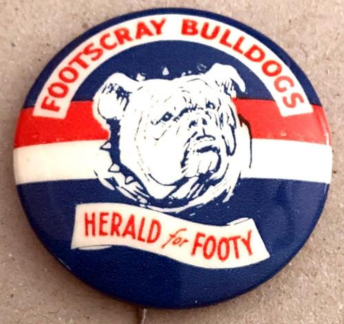 1962 Herald for Footy FOOTSCRAY BULLDOGS Badge