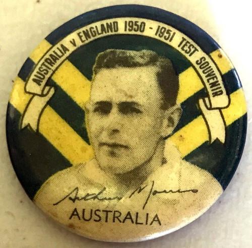 ARGUS Australia V England 1950-1951 Test Series ARTHUR MORRIS Australia Tin Badge