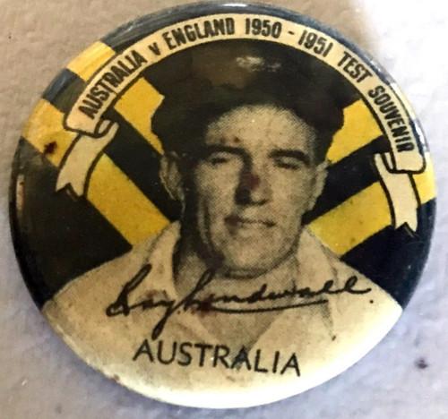 ARGUS Australia V England 1950-1951 Test Series RAY LINDWALL Australia Tin Badge