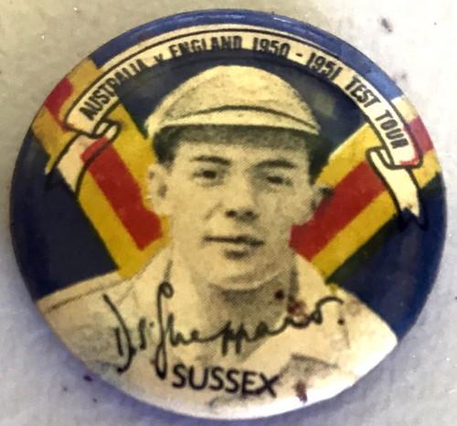 ARGUS Australia v England 1950-1951 Test Series DS SHEPPARD Tin Badge