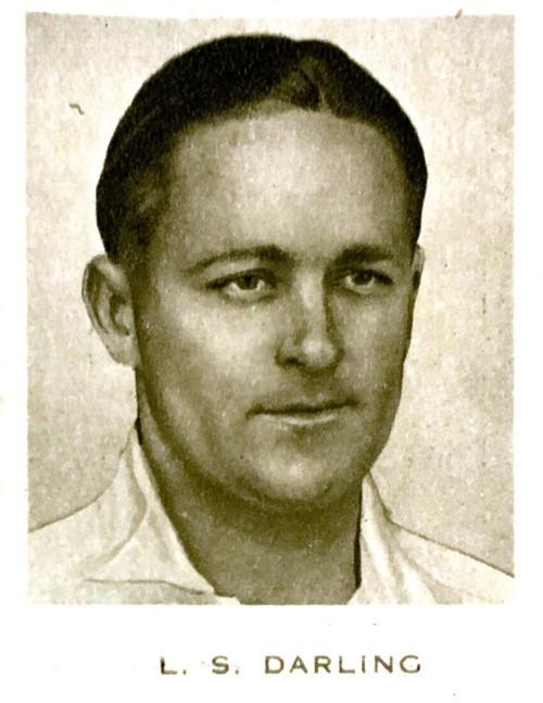 1934 Dudgeon & Arnell (Patrol Tobacco) #10 L S DARLING Australian Test Team Card