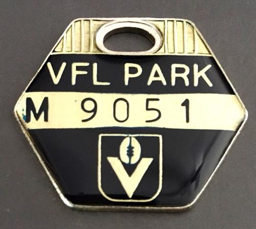 VFL PARK  MEMBER MEDALLION 1986 SEASON