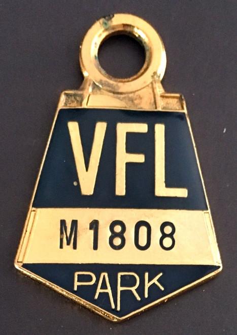 VFL PARK MENS MEMBER MEDALLION 1975 SEASON