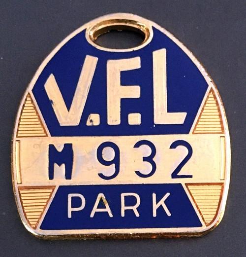 VFL PARK MENS MEMBER MEDALLION 1973 SEASON