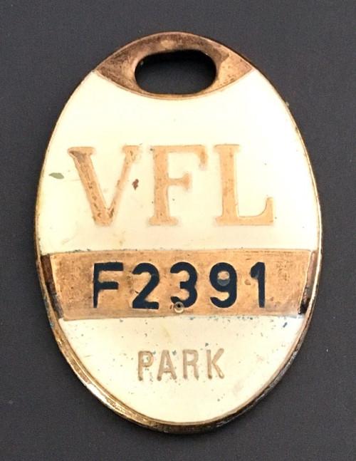 VFL PARK FEMALE MEMBER MEDALLION 1978 SEASON