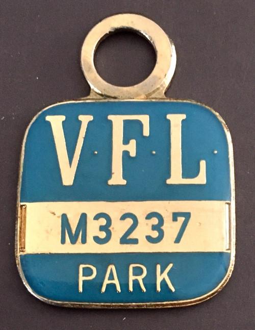 VFL PARK MENS MEMBER MEDALLION 1974 SEASON