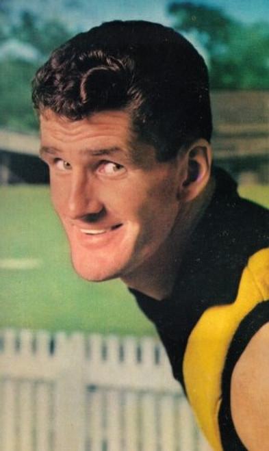 1964 Mobil Football Photos Card PAT GUINANE Richmond Tigers
