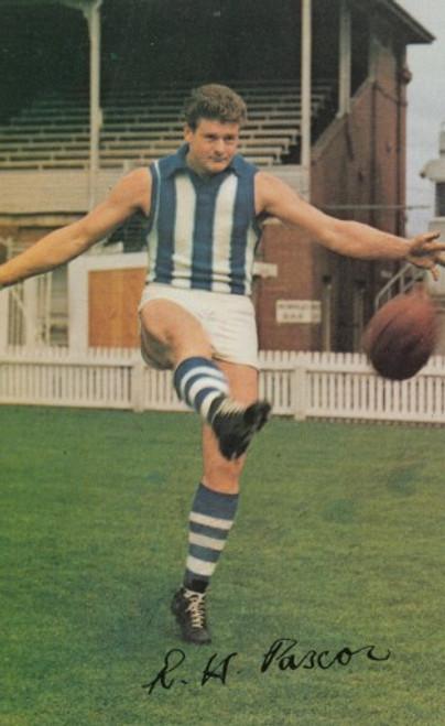 1965 Mobil Football Photos Card BOB PASCOE North Melbourne Kangaroos