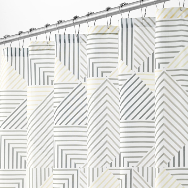 Textured Triangle Print Shower Curtain