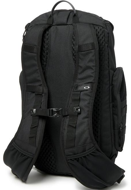 f9f7fb0ec23 Oakley SI Link Pack Miltac Blackout Backpack