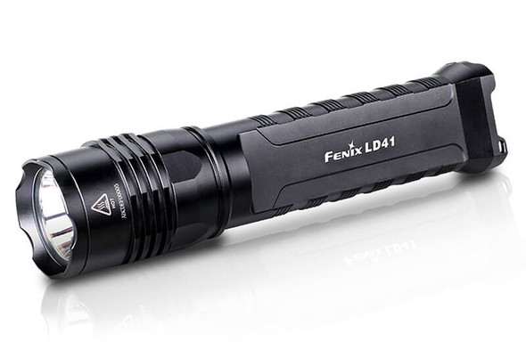 Fenix LD41 LED Flashlight with 960 Lumen Max Output