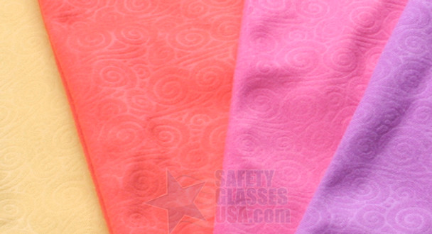 Microfiber Sunglasses Pouch with Swirl Pattern - Close Up