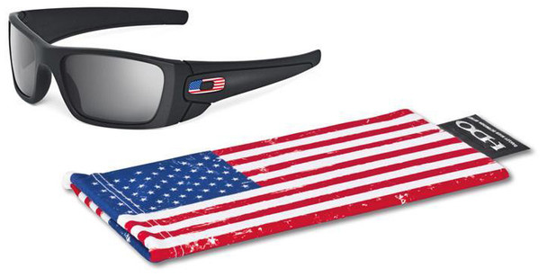 Oakley SI Fuel Cell with Matte Black Frame and US Flag Grey Lens OO9096-38