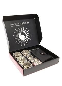 Swisa Beauty 16 Piece Mineral Makeup Kit.