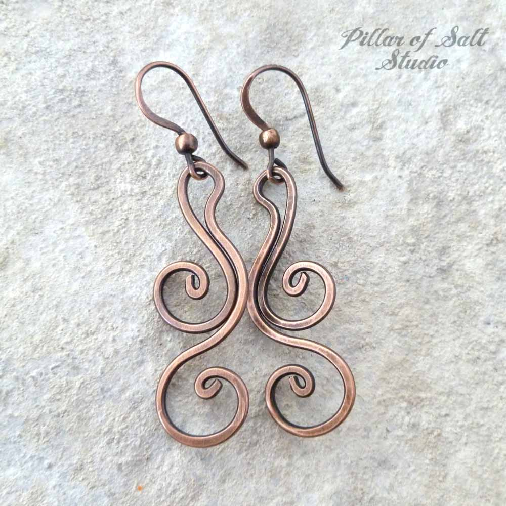 Copper wire dangle earrings