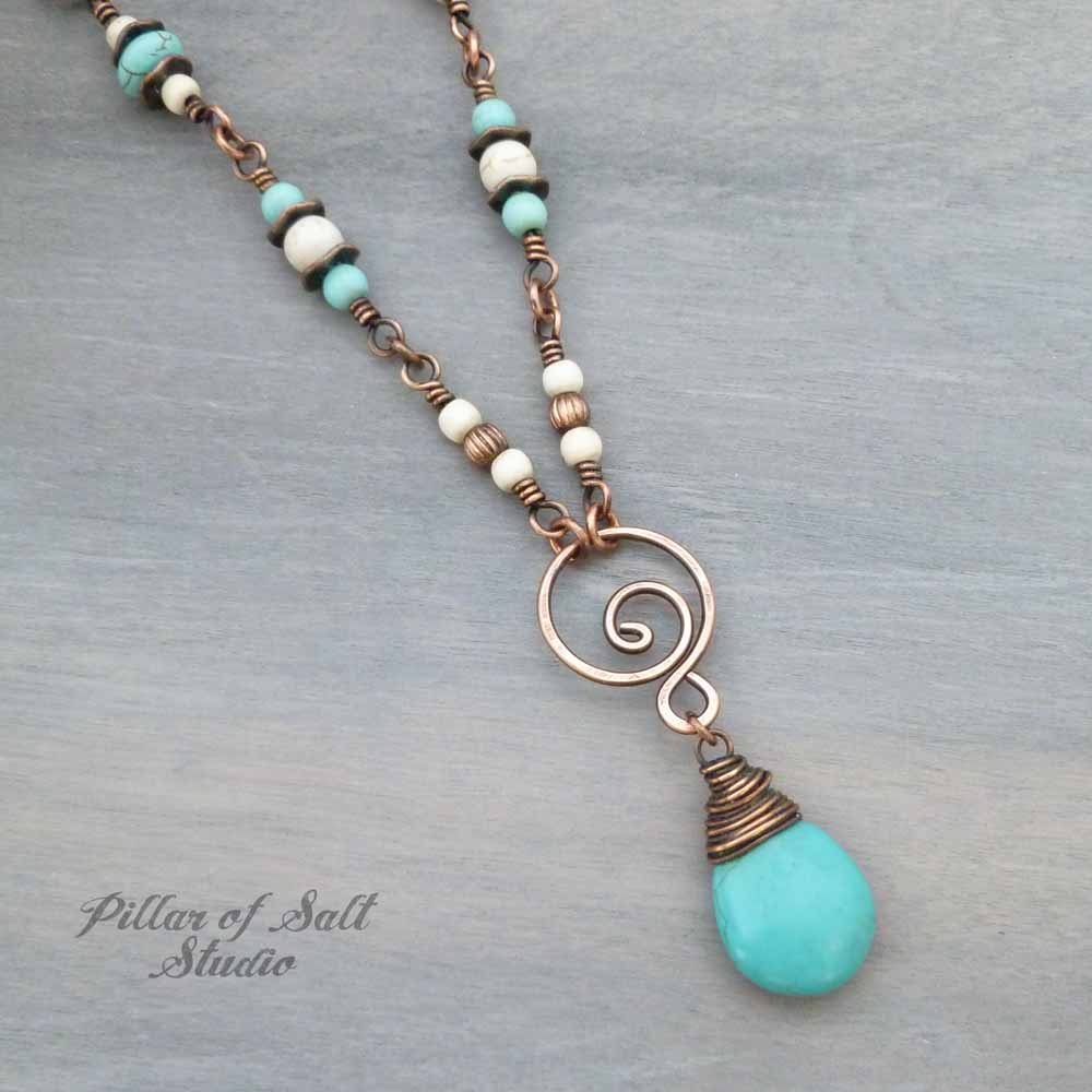 White & Turquoise colored Necklace