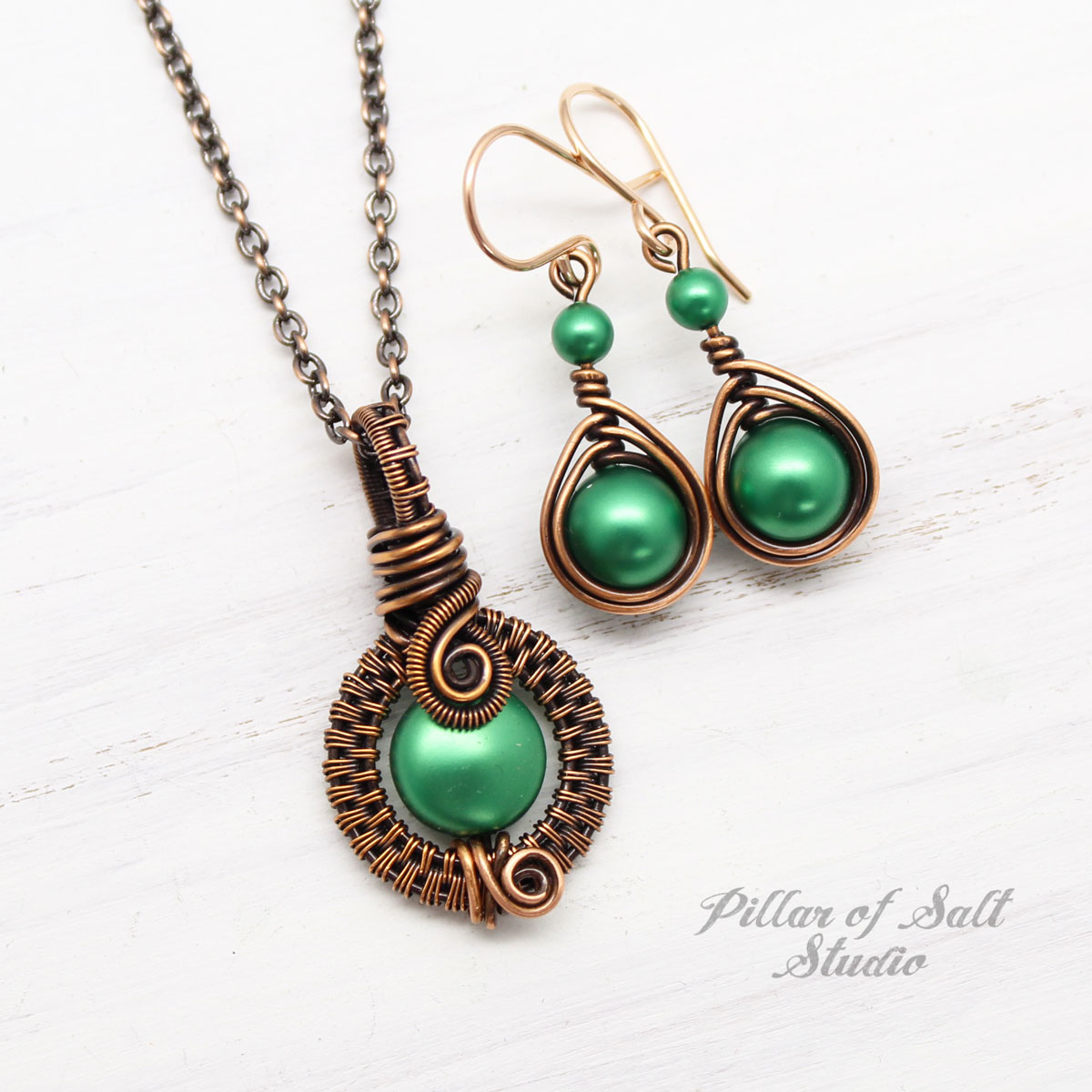 Eden Green Swarovski Pearl Necklace & Earring Set