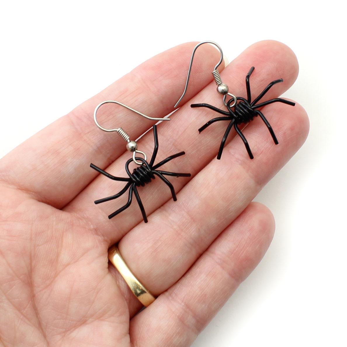 creepy crawly spider earrings