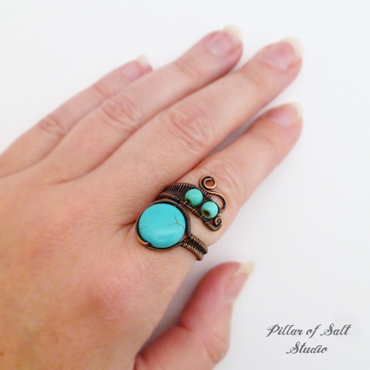 Adjustable wire wrapped ring