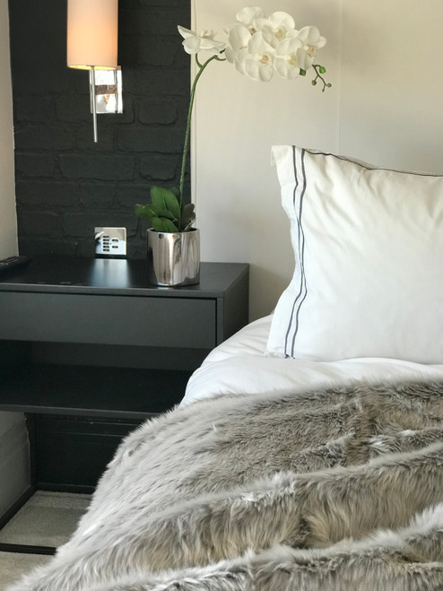 luxurious faux suede lined silver shimmer faux fur throw