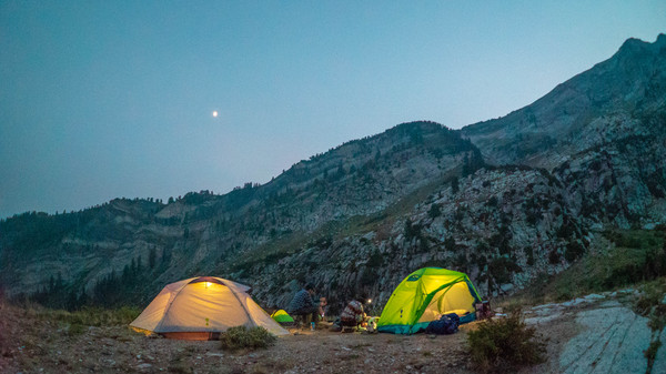 5 Backpacking Skills to Master in the New Year