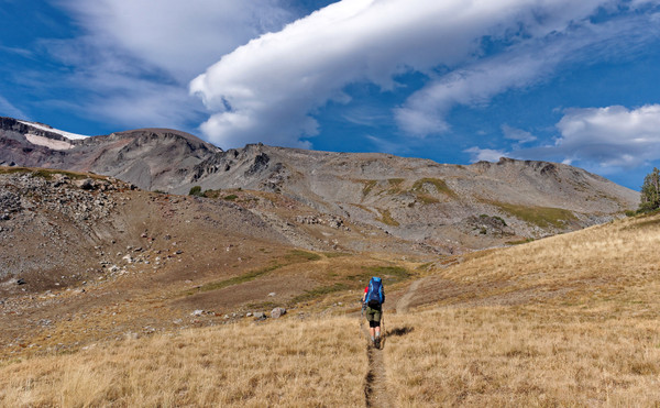 10 Amazing (and Attainable) Thru-Hikes Across the Country
