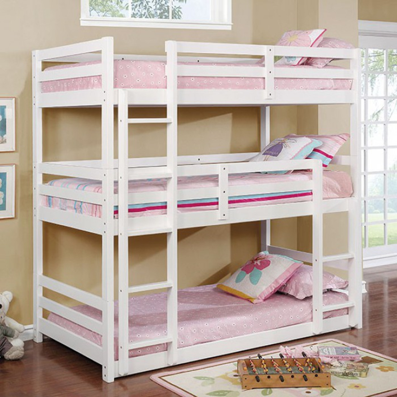 Picture of: Furniture Of America California V Triple Twin Bunk Bed Kids N Cribs